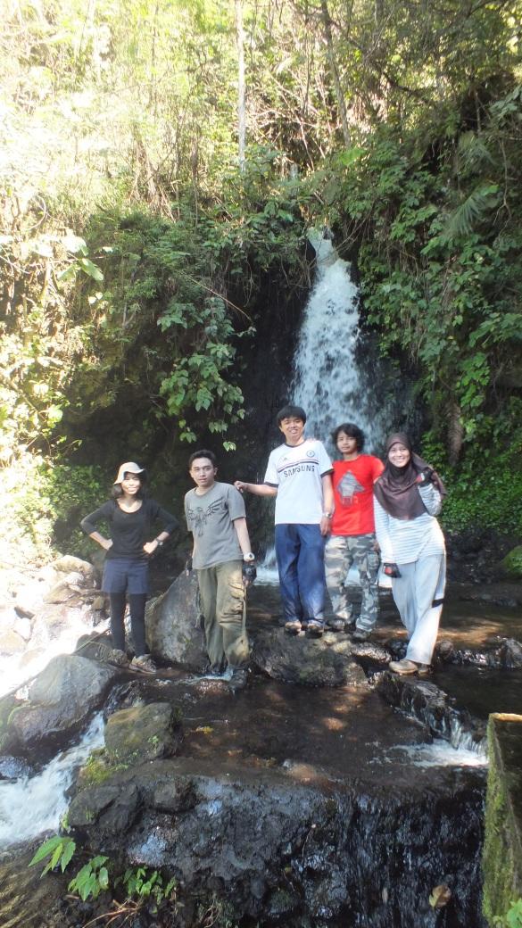 Foto keluarga di Curug Citiis